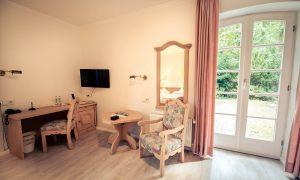 Zimmer mit Ausstattung